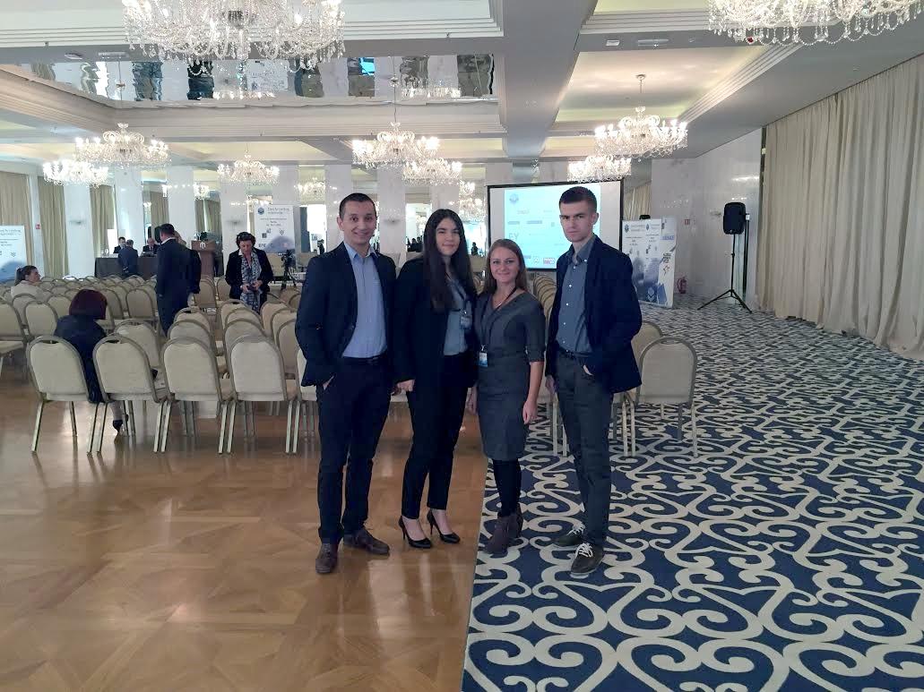 Članovi predsjedništva na konferenciji